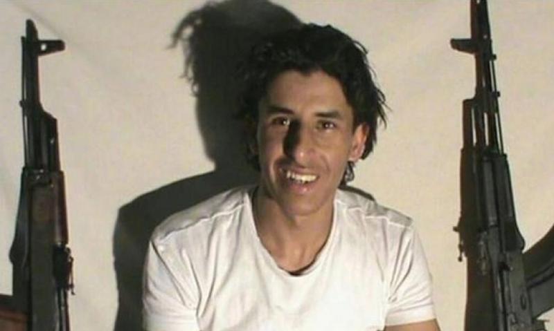 سيف الدين رزقي- الإرهابي المسئول عن قتل السياح على شاطئ سوسة في تونس- كان حاصلًا على درجة الماجستير في الهندسة الكهربائية.