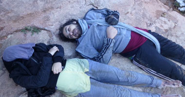 التقطها البدو للضحايا بعد الموت تجمّدًا