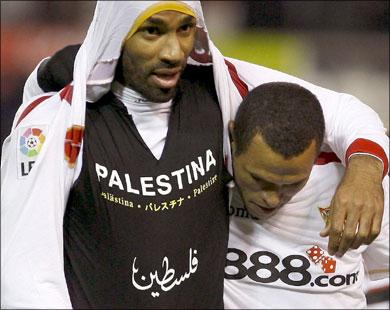 كان كانوتيه من أشهر اللاعبين المسلمين في أوروبا المعروفين بمواقفهم السياسية