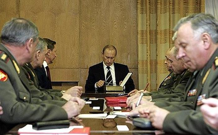 رغم الأزمة الاقتصادية.. تصاعد في النفوذ العسكري الروسي 012917_1145_2