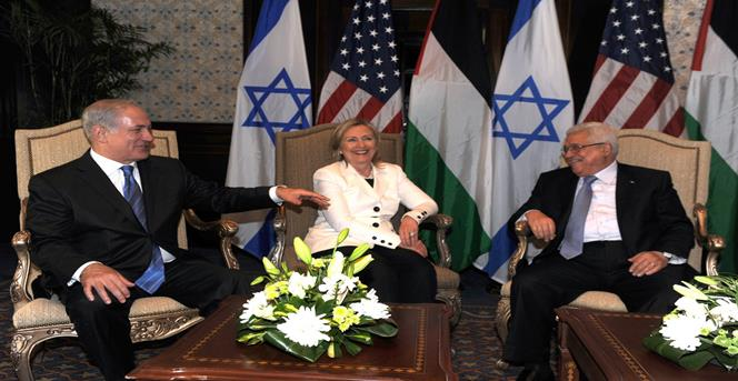 صورة أرشيفية للقاء بين عباس ونيتنياهو برعاية أمريكية