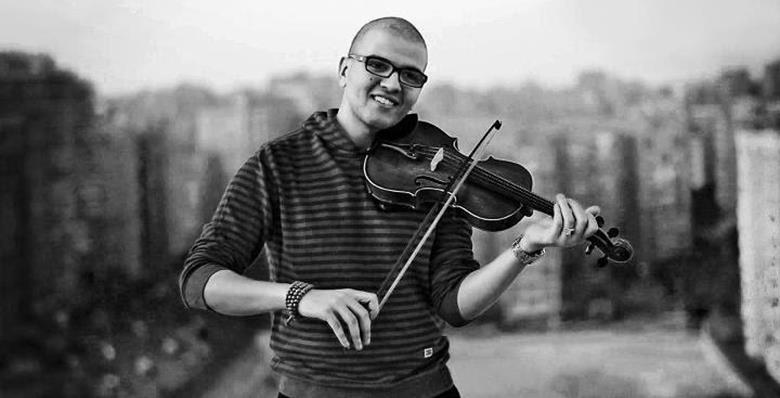 رحيل عازف الكمان المتميز الجيلالي بلمهدي