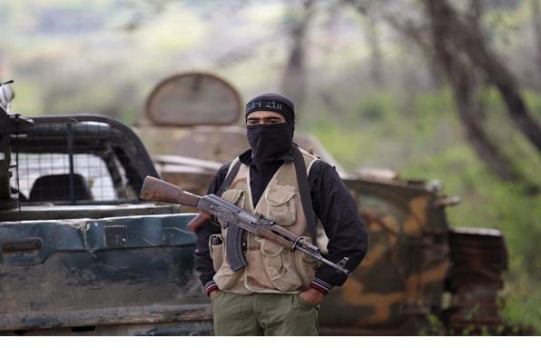 مسلح بجبهة النصرة على جبل التركمان