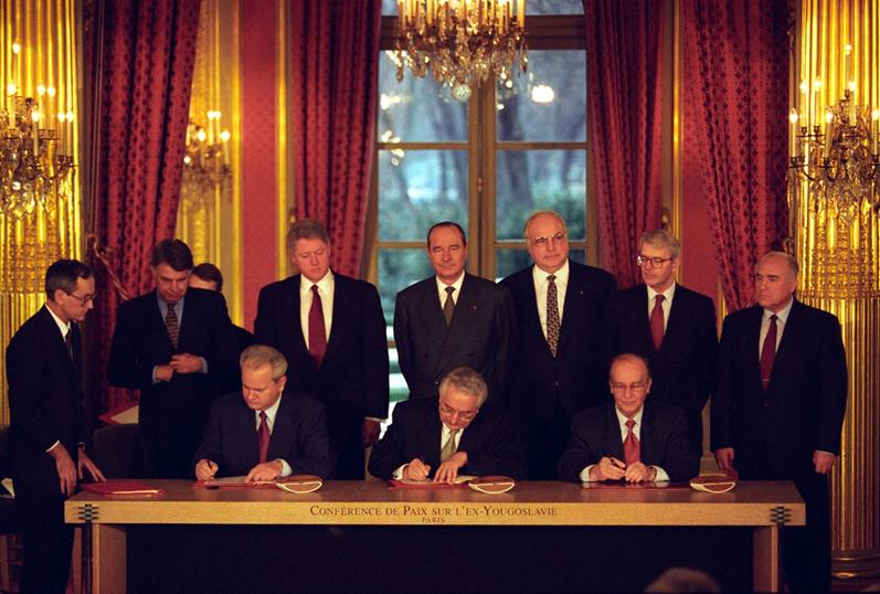 توقيع اتفاقيَّة دايتون