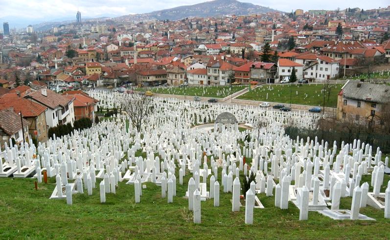 المقابر الجماعية بعد الحرب البوسنية