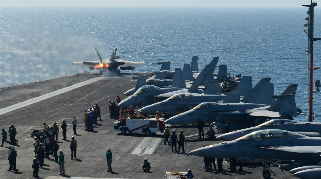 طائرات أمريكية في طلعات جوية لها بالعراق