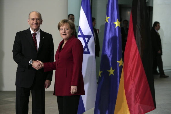 GERMANY - FEBRUARY 11: GERMANY, BERLIN, Ehud OLMERT, prime minister of Israel, during his visit in Berlin with Angela MERKEL, ( CDU ), German chancellor and party leader. (Photo by Ulrich Baumgarten via Getty Images)