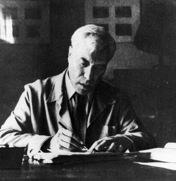 Soviet writer boris pasternak.