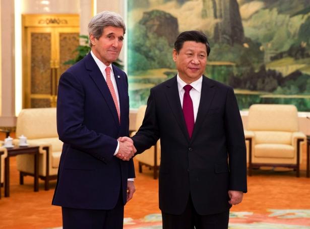 مع الرئيس الصيني شي جينبينغ.