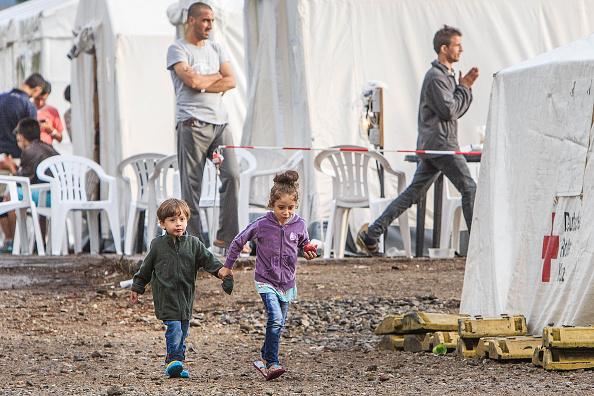 واشنطن بوست: لماذا ترحب بعض دول أوروبا باللاجئين ويرفضهم بعضها الآخر؟ هذه الخرائط تشرح لك - ساسة بوست
