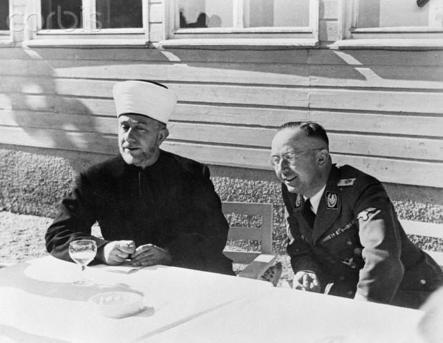 مفتي القدس وقائد وحدة الإس إس هاينريش هيلمر