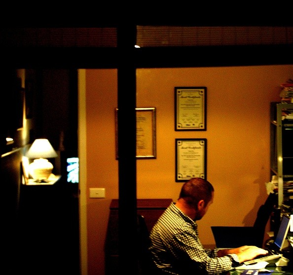 (AUSTRALIA & NEW ZEALAND OUT) A man sits working at night in a home office, 22 September 2004. AFR Picture by VIRGINIA STAR (Photo by Fairfax Media via Getty Images)