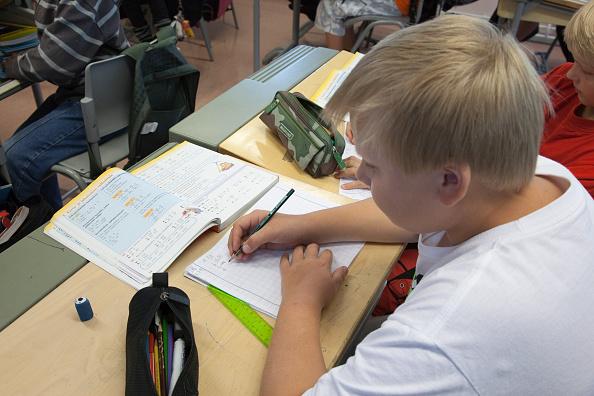 Finland Turku Turku - Waeinoe Aaltosen koulu (school): maths lesson