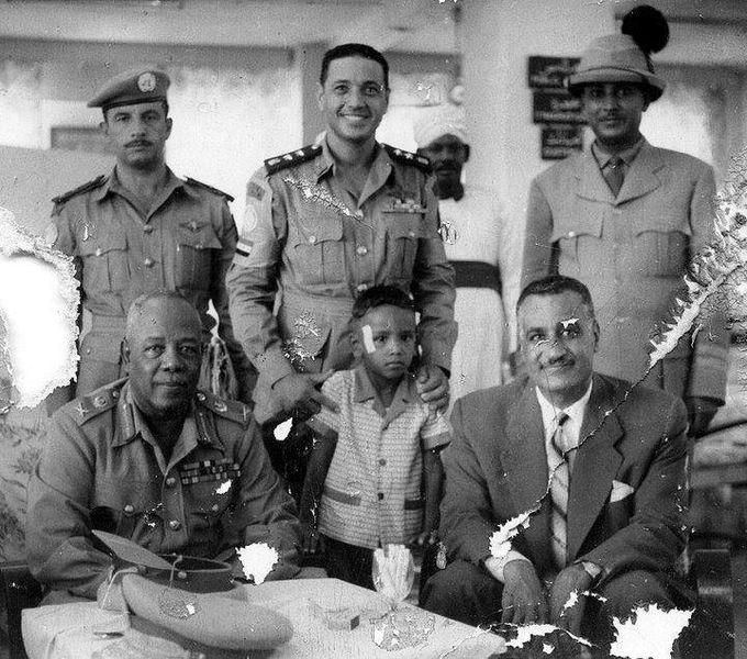 مع الرئيس جمال عبد الناصر في السودان