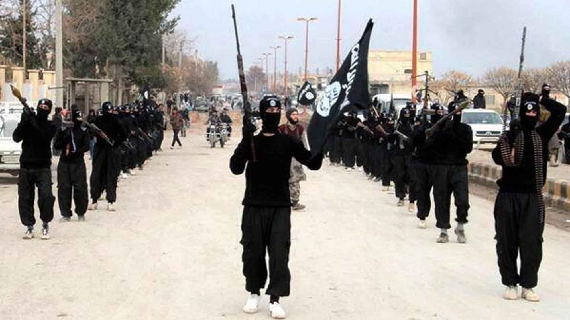 تعرف على أكبر خطر يهدد داعش في سوريا والعراق 2 22/12/2015 - 8:43 ص