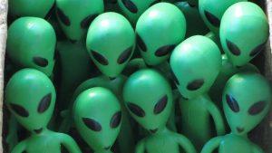 الفضائيين