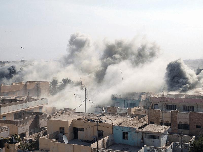 منازل الفلوجة تحت نيران الحرب .. المصدر:https://theowp.org/wp-content/uploads/2016/06/Fallujah-800x600.png