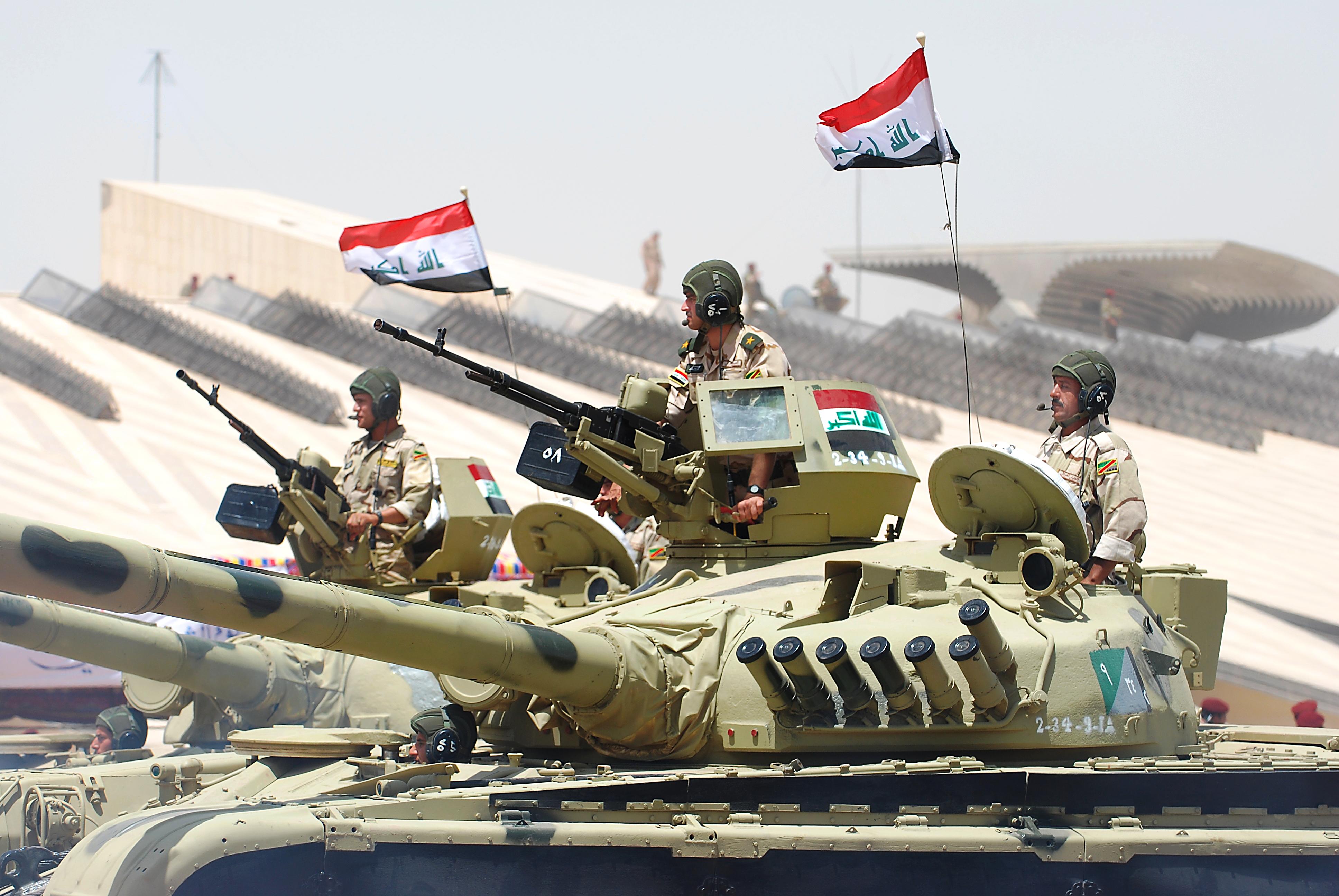 Iraqi_tanks_during_the_parade
