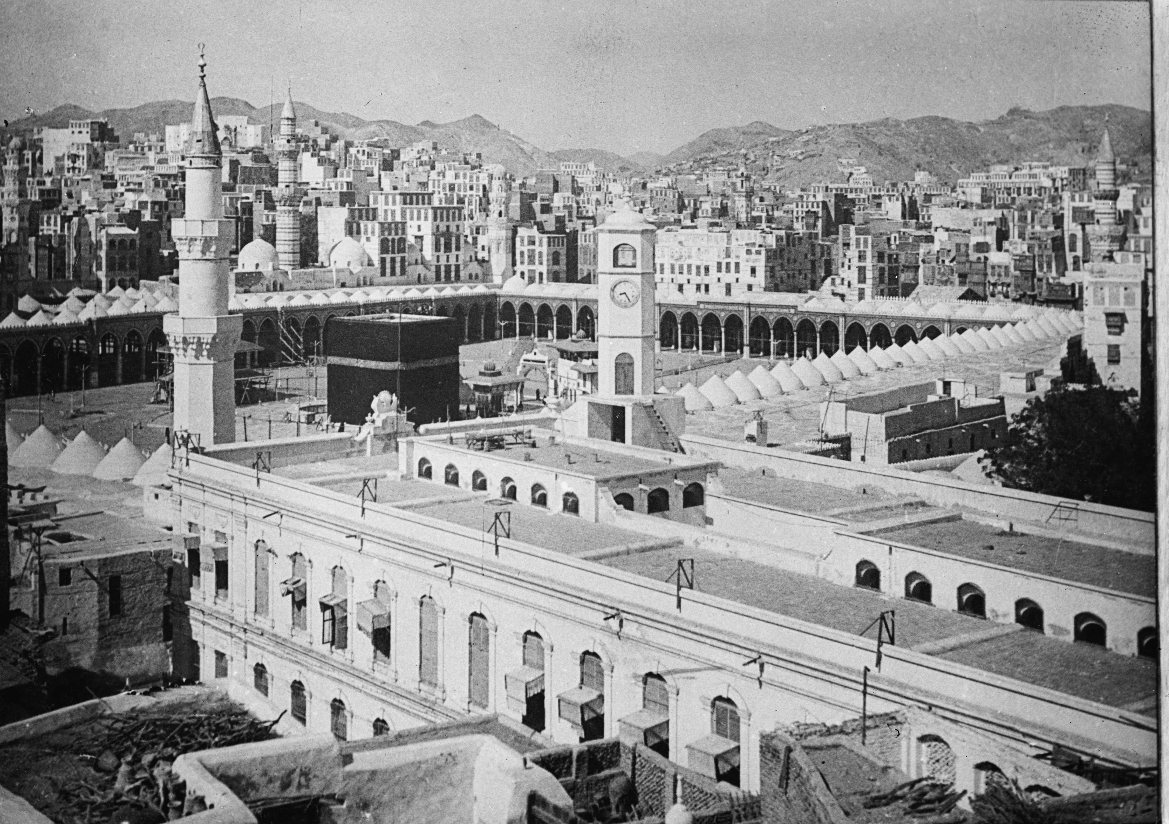 Saudi_Arabia_Mecca_from_the_Matson_Collection,_1910_(LOC)