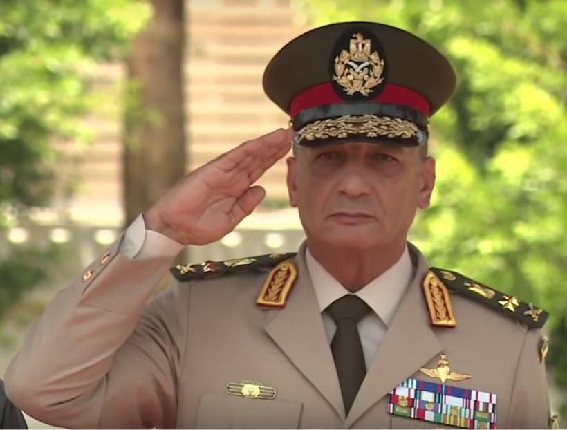 وزير الدفاع المصري الذي خدع محمد مرسي