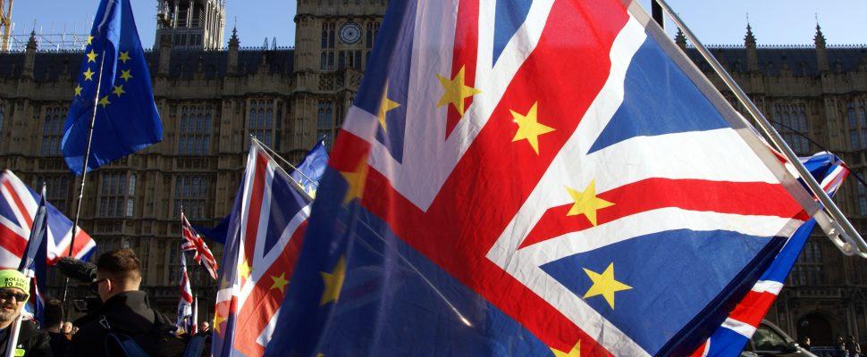 علم بريطانيا مدموجًا بعلم الاتحاد الأوروبي