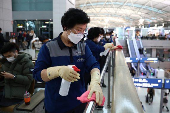 برغم تفادي الإغلاق إثر كورونا.. لماذا تعثّر اقتصاد كوريا الجنوبية؟