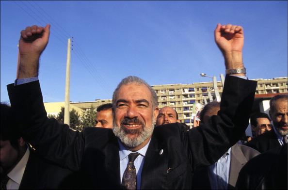 الشرعية الثورية والشيخ محفوظ نحناح