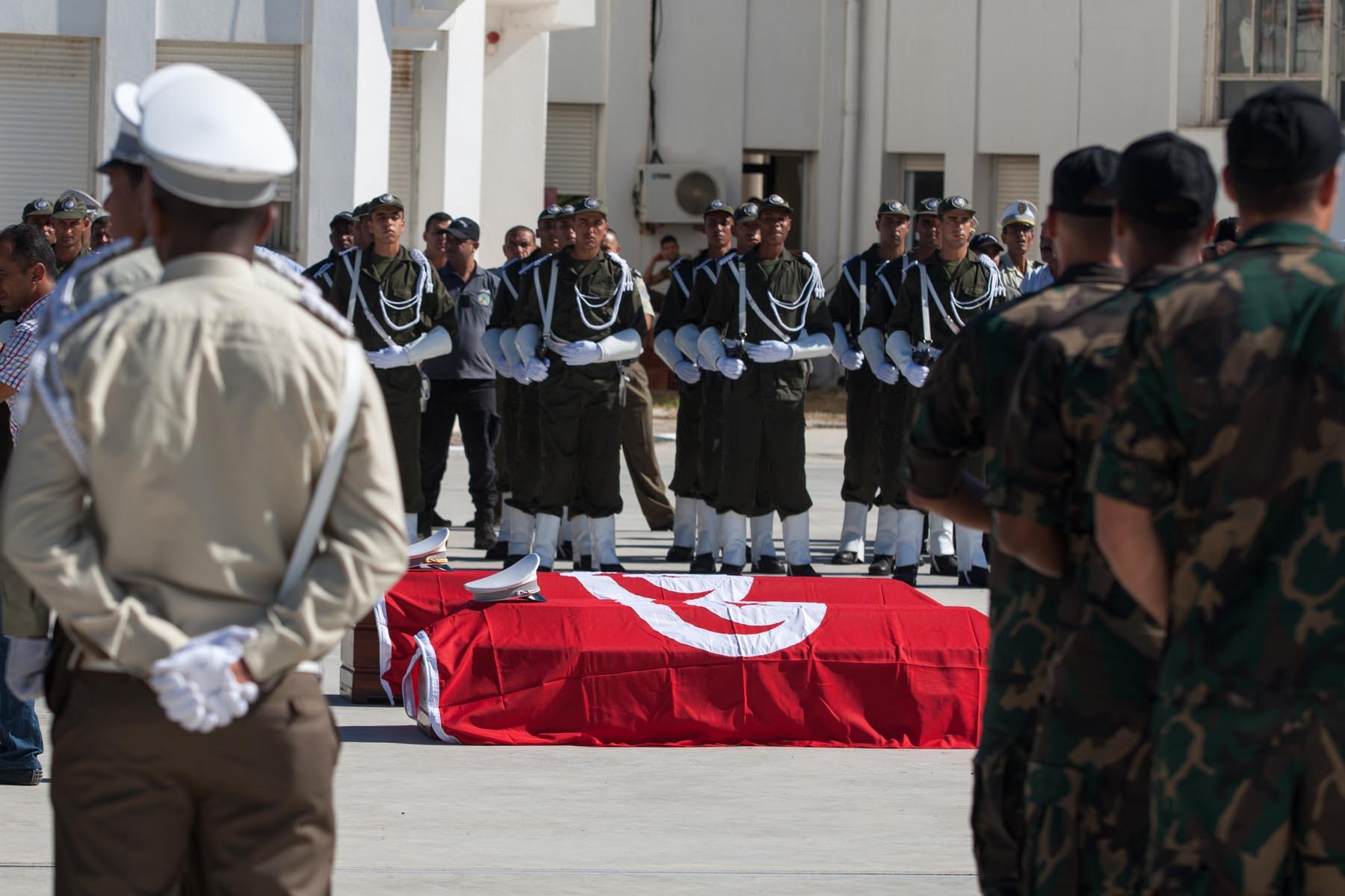 جنازة شهيد من المؤسسة العسكرية