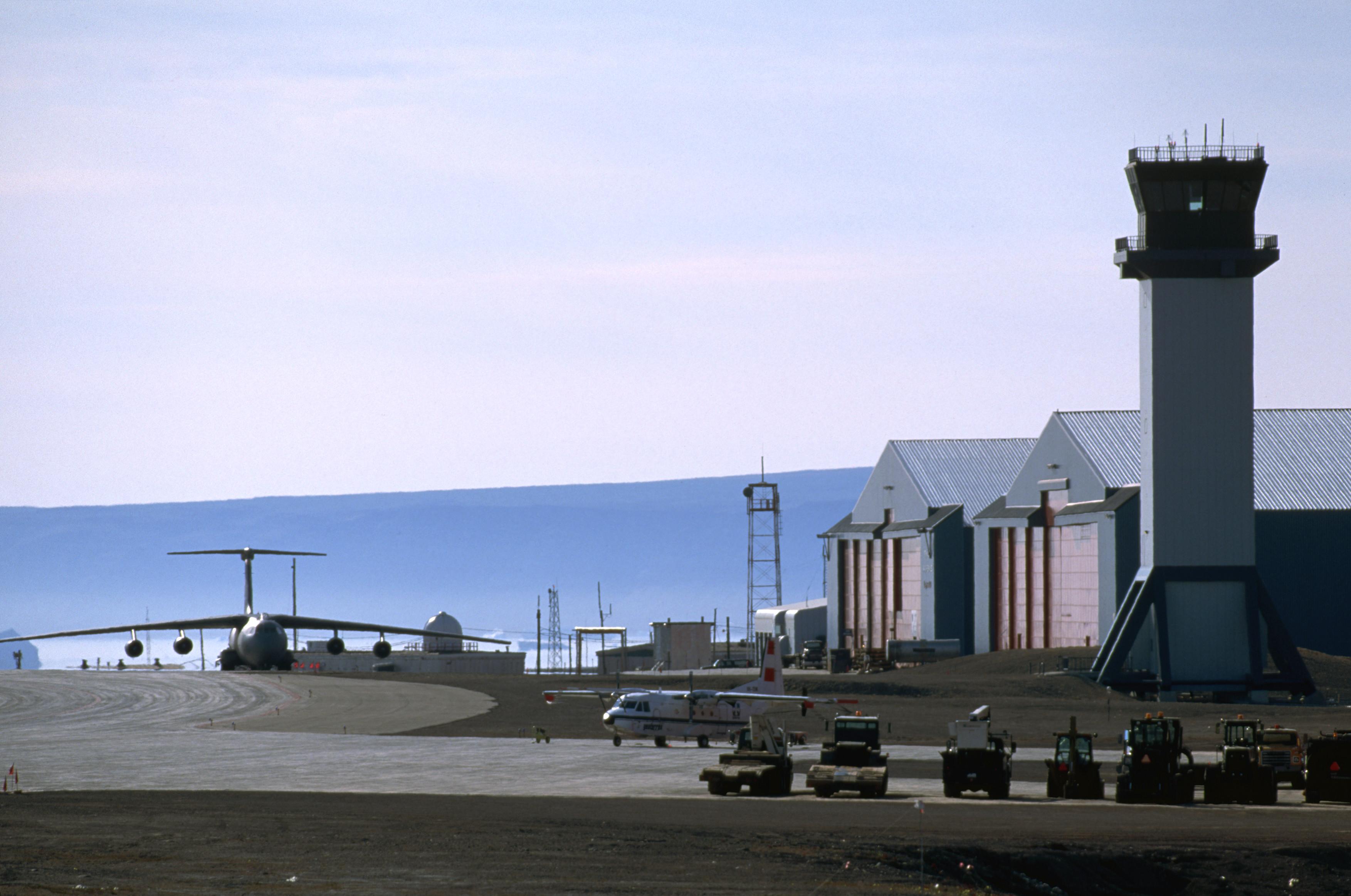 قاعدة ثول الأمريكية في جرينلاند