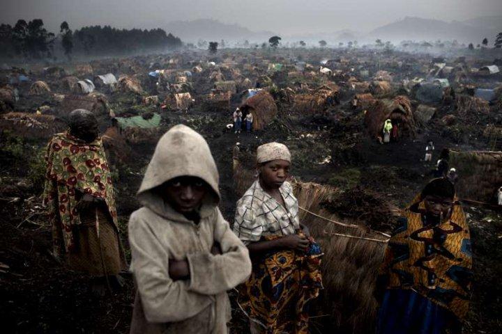 hutu-refugees-hunting-in-drc1.jpg