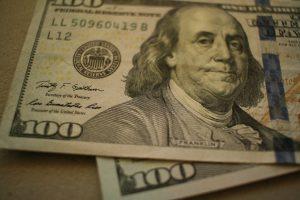 الدولار الضعيف